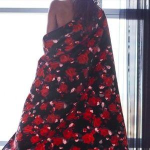 NWT Victoria's Secret Floral Sherpa Blanket